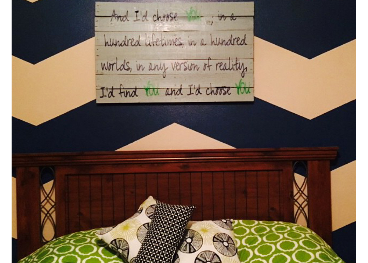 custom-wall-decal-for-anniversary-love-quote-on-pallets.jpg