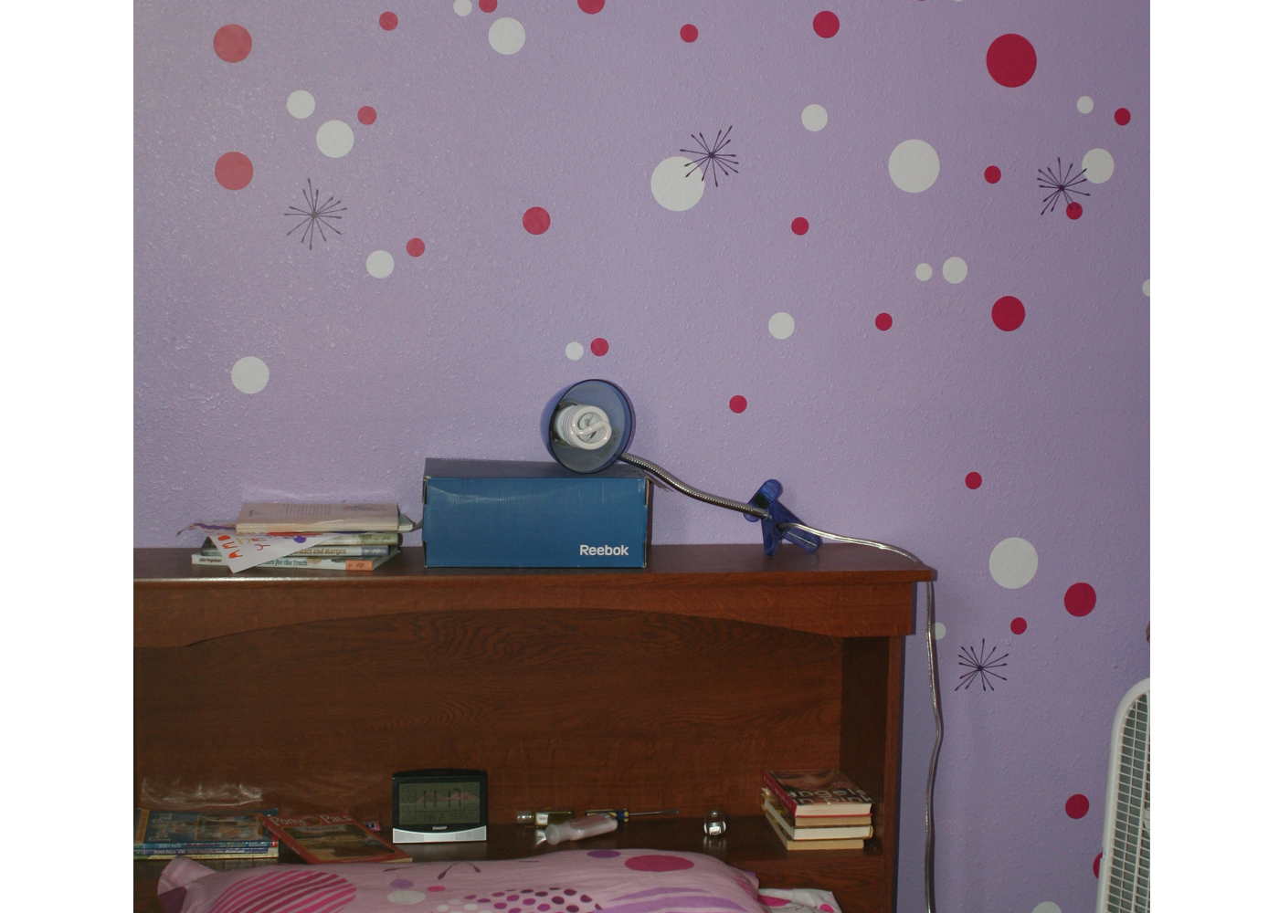 dots-and-spikes-wall-decal-stickers-in-girls-bedroom.jpg