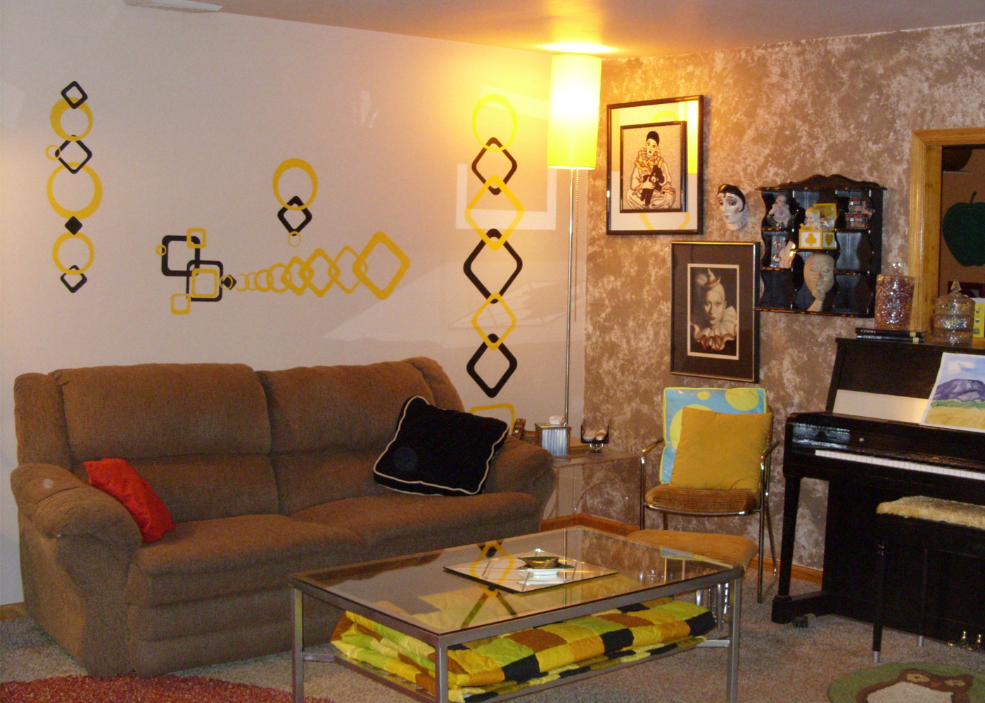 funky-square-wall-decals-vinyl-decal-circles-for-living-room-decor.jpg