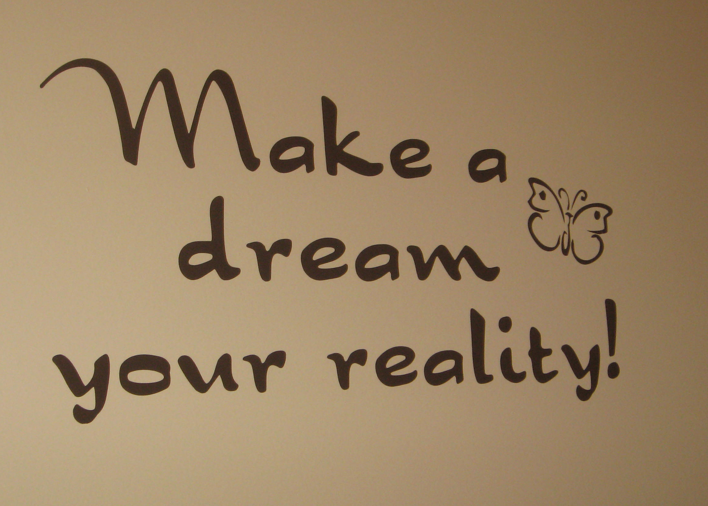 make-a-dream-wall-sticker-inspirational-quote.jpg