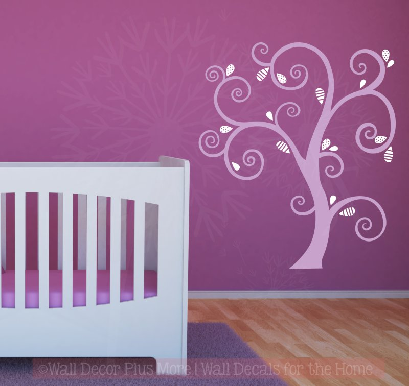 Curly Abstract Tree with Leaves WD1056