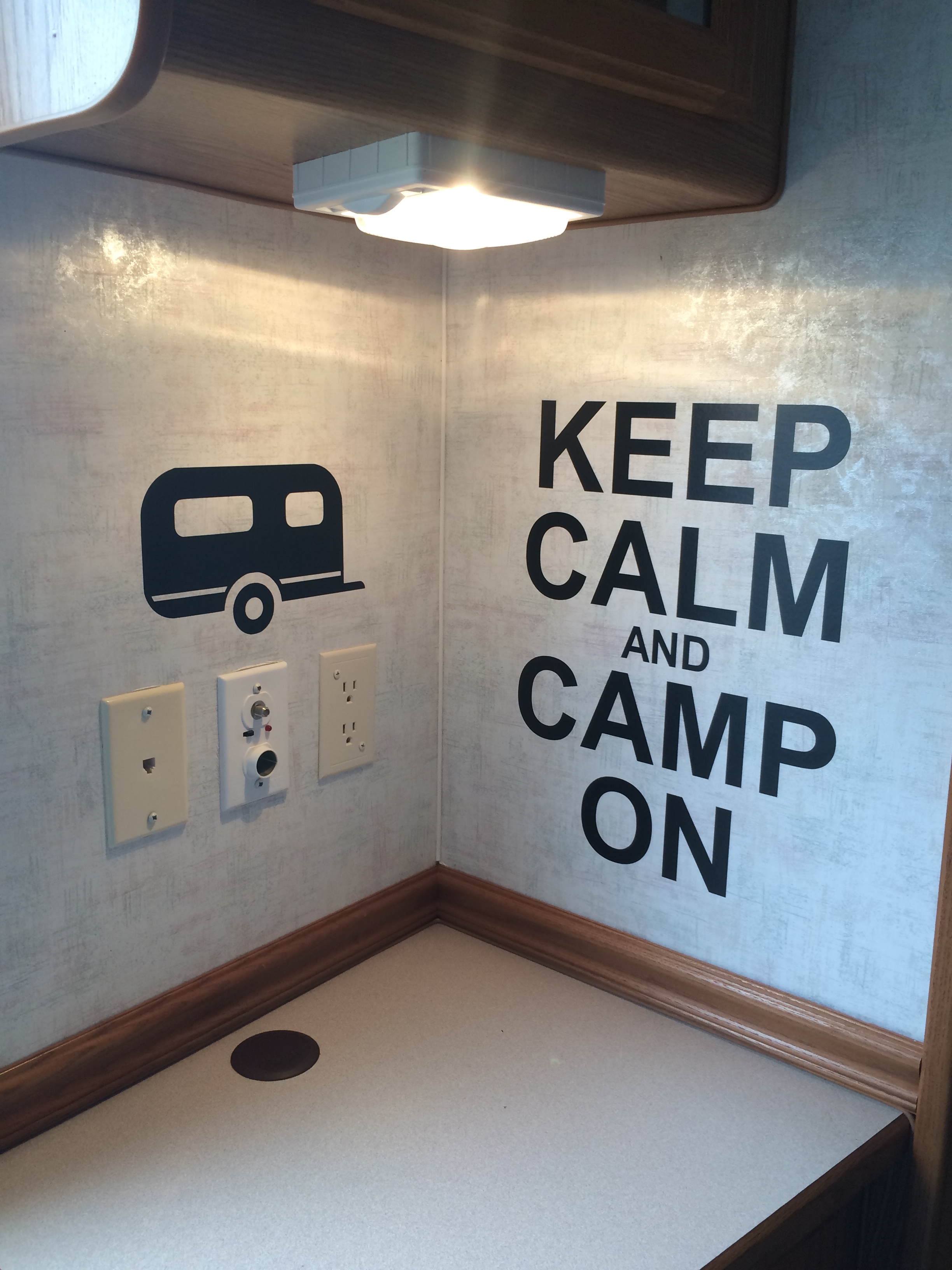 WD634 Keep Calm and Camp On